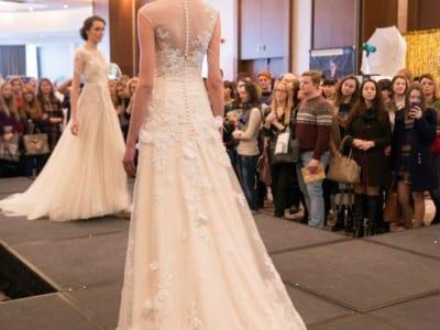 fashion показ на свадебной выставке