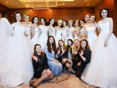показы свадебной моды на выставке